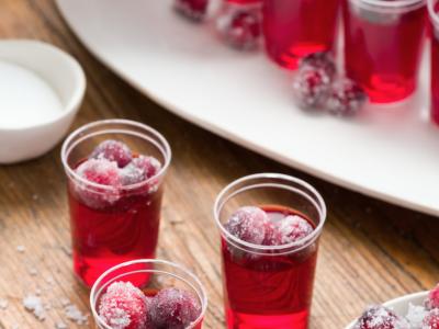 cranberry-jello-shots-christmas-shots-1569880528